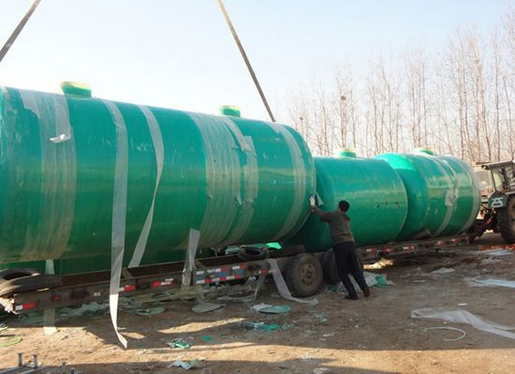 玻璃钢化粪池 - 洛阳绿泰环保设备有限公司