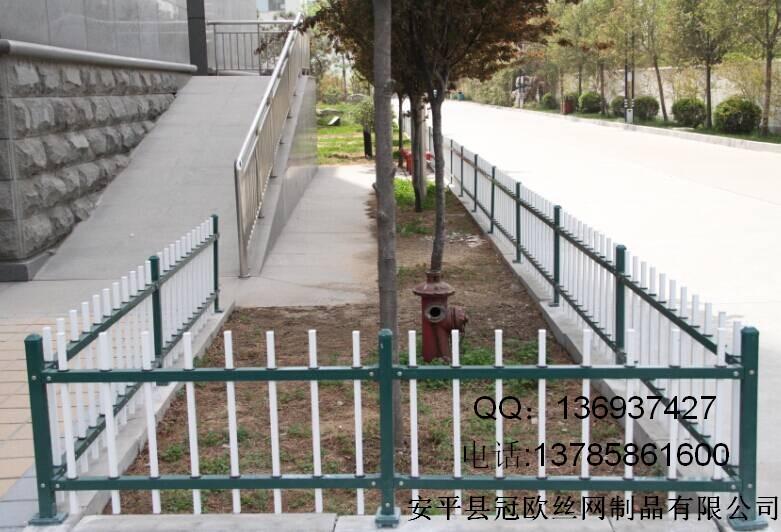 欧式楼梯铁艺护栏网