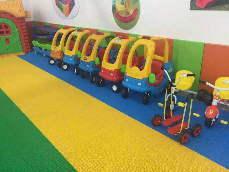 幼儿园室外玩具在使用时要注意哪些问题