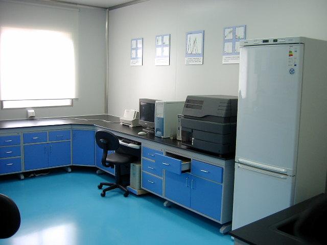 产品 杭州实验室分析台    全新的设计理念     按照国家标准及各行业