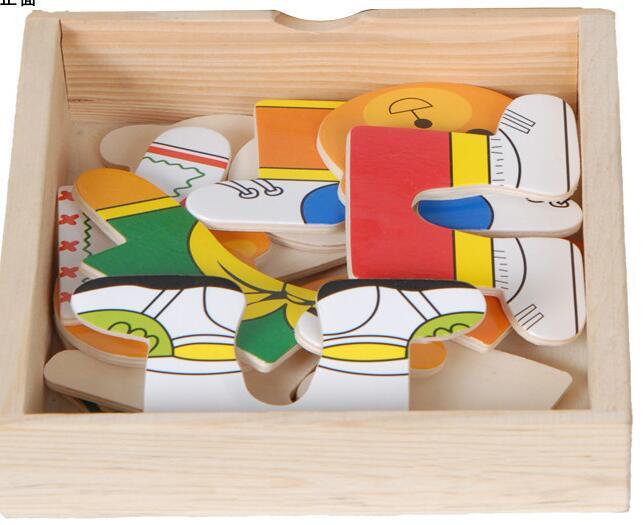 儿童玩具结构游戏的意义主要是通过幼儿建造各种物体或建筑物,能促进思维发展和动手操作的习惯,形成手脑并用的目的,在使用各种材料的过程中,可直接了解各种物质的性能,认识各种材料的形状、数量等,并且在结构中取得运用各种材料的知识和经验,而孩子的设计、构思的能力,也都可得到锻炼。如积木要一块一块地搭,一层一层地拼,建成一座楼房,修成一座水库,要经过多次失败才会取得成功,这对锻炼幼儿的意志是一个好方法。    玩具是儿童的天使,为什么这样说呢?在幼儿认识周围世界的过程中,玩具起着极大的作用。玩具以其鲜艳的颜色,优美