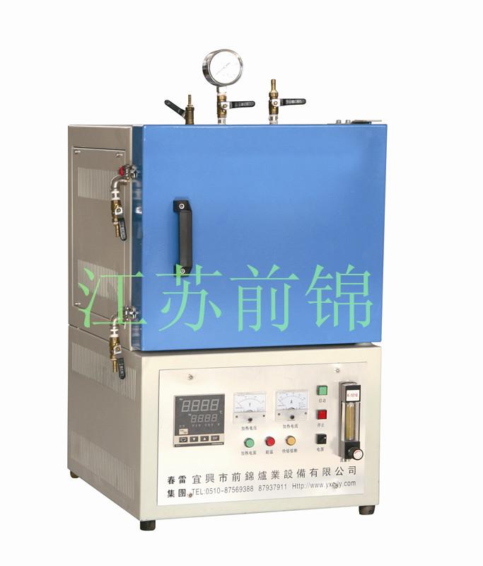 与控制柜配合使用,可手动或自动控制电炉的温度.
