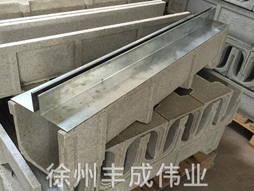 中缝镀锌板盖板排水沟
