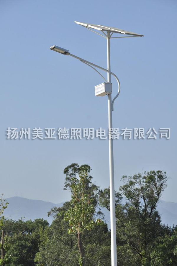 太阳能锂电池路灯