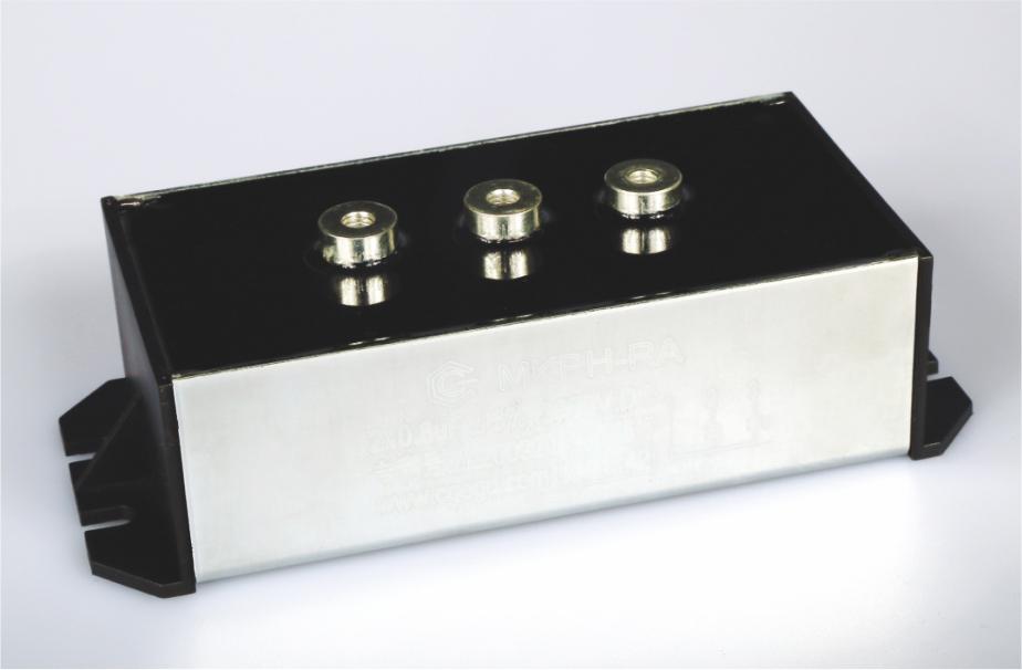 谐振电容器模组