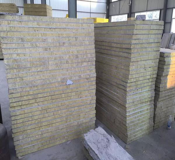 岩棉复合板供货商