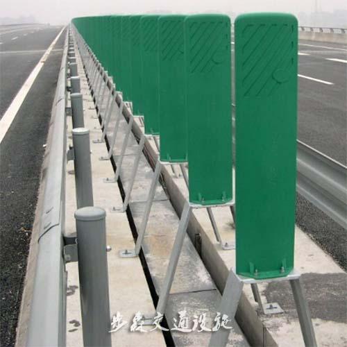 喷塑波形护栏板