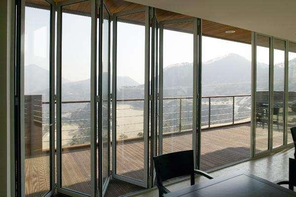 阳台折叠门