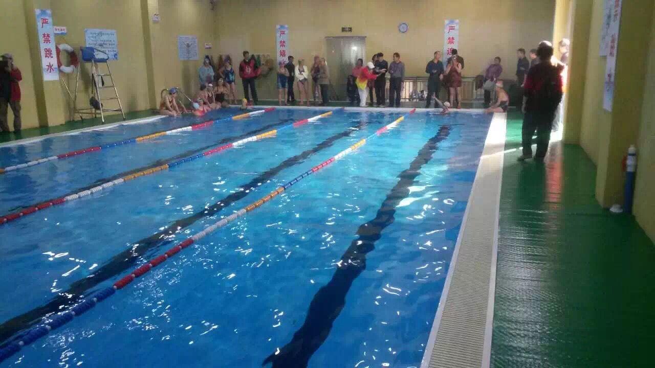 拆裝式游泳池