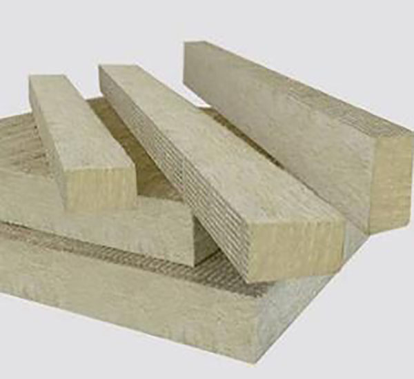 安装外墙岩棉防火隔离带的施工方法