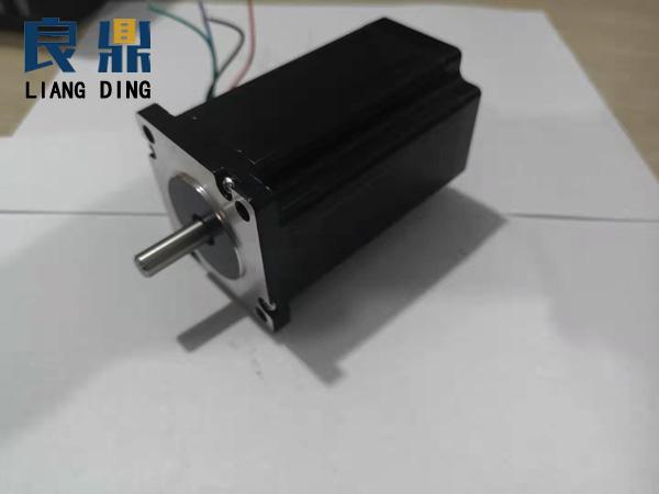 1.8°60mm两相混合式步进电机