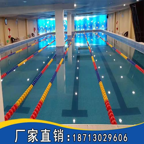 体育馆游泳池