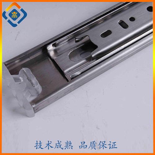 不锈钢真空退磁热处理