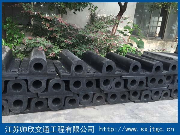 GD型橡胶护舷生产厂家