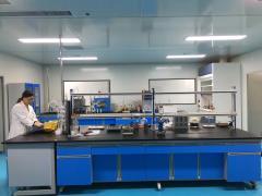 实验室中间台