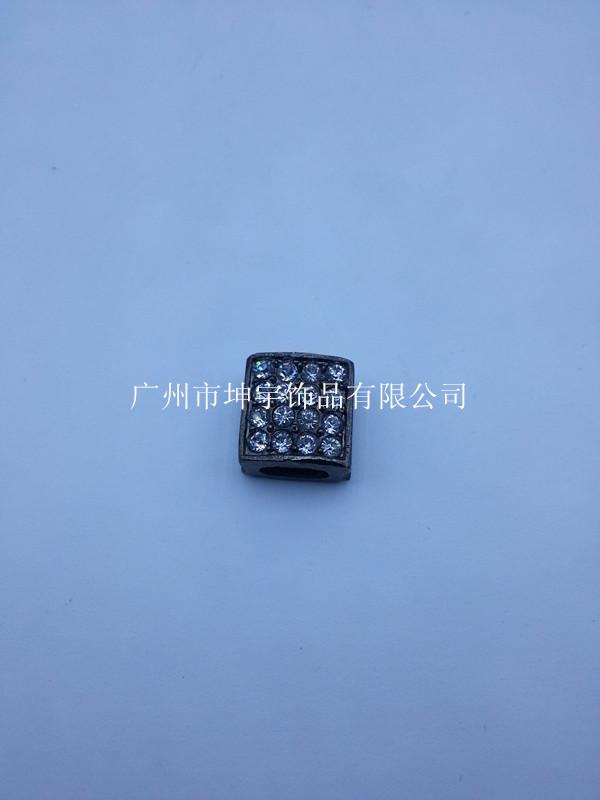 供應新產品手鏈牌 E-33【合金飾品】