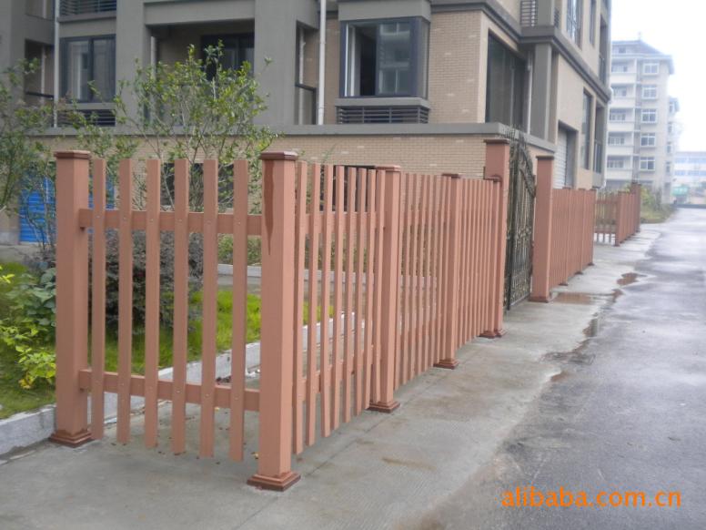 木塑护栏 - 常州市林可新型塑料材料有限公司