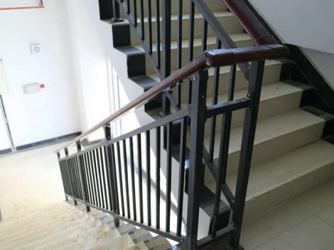 定制楼梯扶手.
