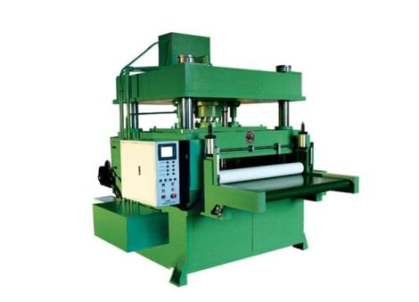 滾軸式全自動送料液壓裁斷機-吉創機械