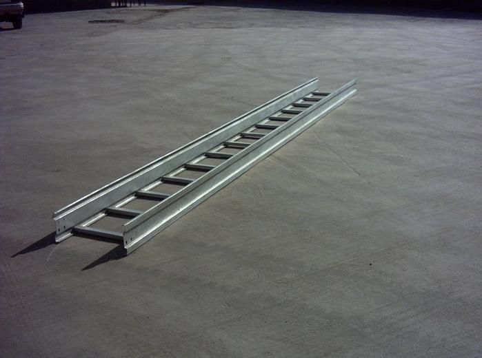 梯级式桥架供应