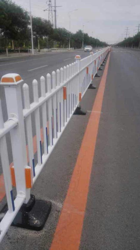 京式钢质道路护栏