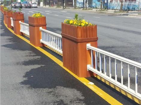 喷塑钢质道路护栏