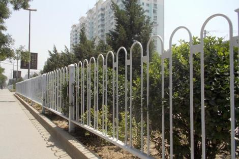 镀锌钢质京式护栏