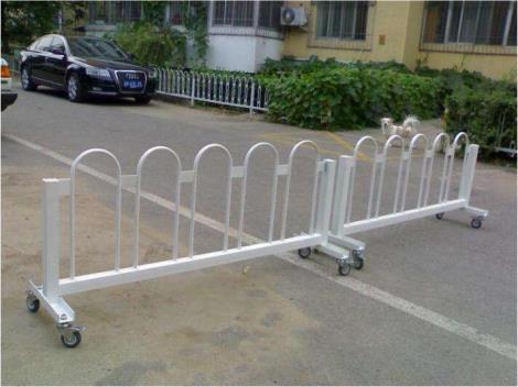 安全移动式护栏