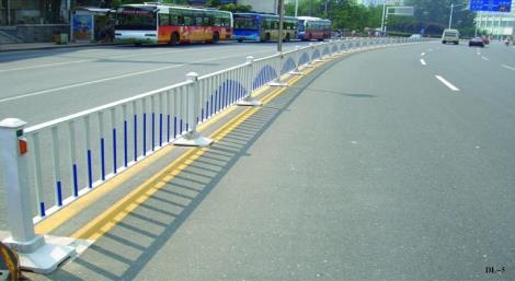 U型移动式护栏