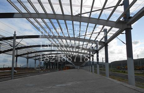 钢结构铝板雨棚
