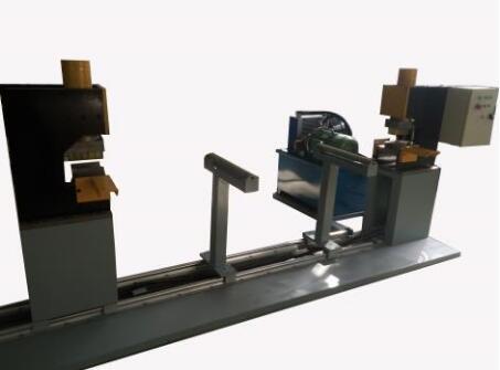 铝合金桥架冲孔机