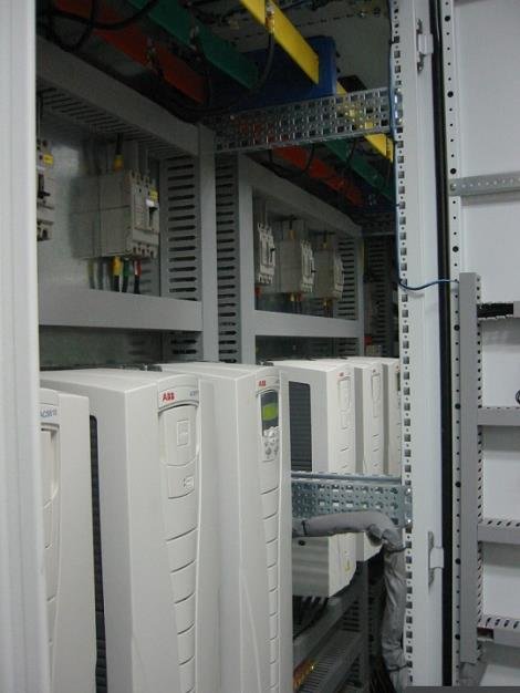 三菱軟啟動控制柜