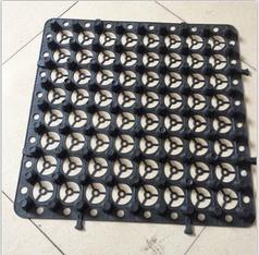 块状蓄排水板
