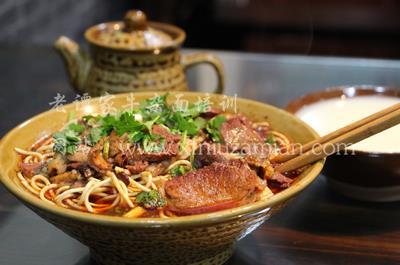 襄陽特色豆腐面炸醬面的制作方法和配方