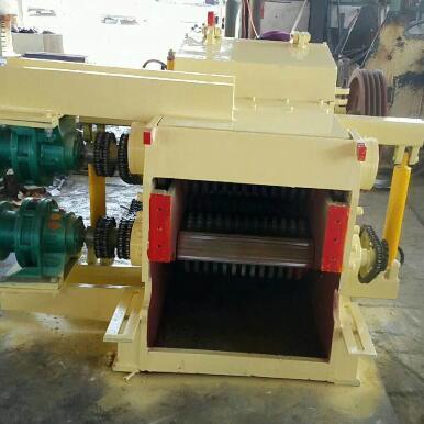 供应木材削片机
