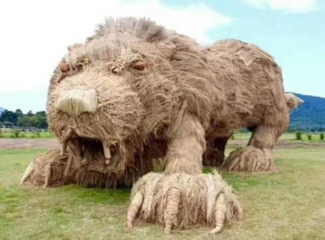 狮子稻草工艺品