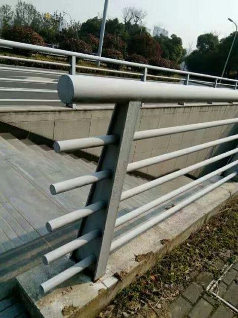 桥梁护栏生产厂家
