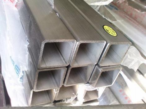 镀锌大口径方矩管