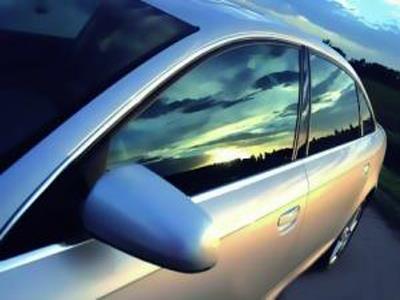 福耀汽车前挡风夹层玻璃