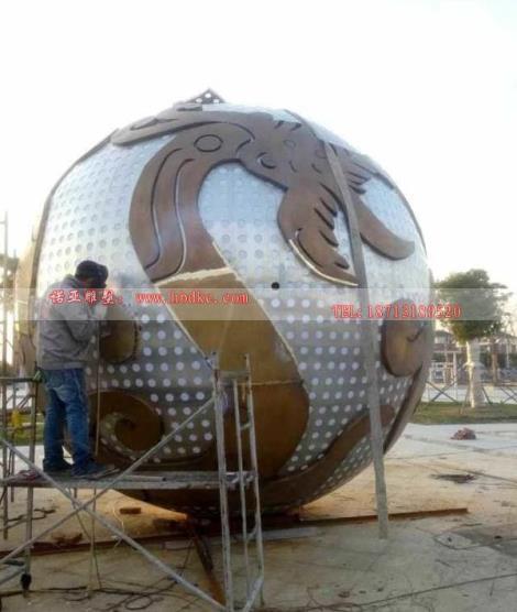 加工不銹鋼仿銅球雕塑 景觀景點鏤空球ds