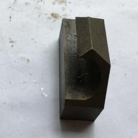 钢筋桁架小勾件