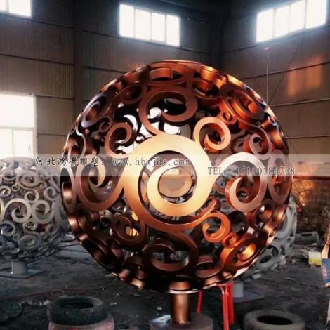 仿銅不銹鋼鏤空球多少錢 球形雕塑