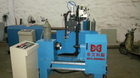 小型摆动环缝焊接机
