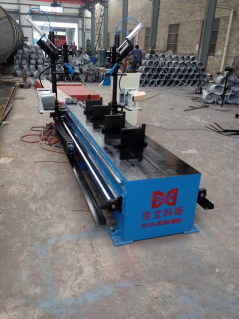 双工位小型直缝焊接机