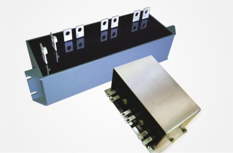 中型滤波电容器