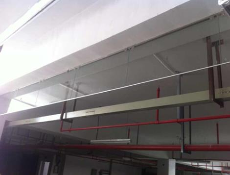 玻璃擋煙垂壁定制 玻璃效果美觀 設計院推薦