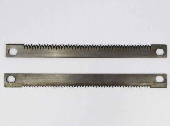 双面锯齿刀片