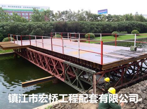 中铁四局上海松江有轨T2线二标施工栈桥