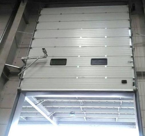 垂直提升门加工