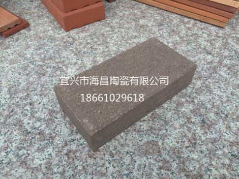 深灰色陶土砖加工
